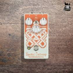 EarthQuaker Devices Spatial Delivery Envelope Filter Sample & Hold